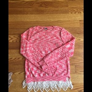 Other - ❤️5 for $25 Pullover Sweater with Lace at Hem